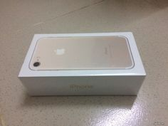 HCM-Iphone 7 gold 128G fullbox nguyên seal new 100% của AT&T