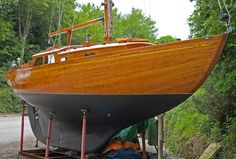 http://navalarchitecture.tumblr.com/image/88572732942 // I LOVE wooden boats!!!