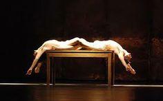 Pina Bausch / table