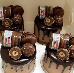 Would you like these mini Nutella Cakes 🥧 ? Happy World Nutella Day. Tag your ️ friends. Would you like these mini Nutella Cakes 🥧 ? Happy World Nutella Day. Tag your ️ friends. Nutella Birthday Cake, Nutella Cake, Drip Cakes, Cake Recipes, Snack Recipes, Dessert Recipes, Dessert Food, Chocolate Oreo Cake, Chocolate Food