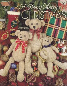 A Beary Merry Christmas, Annie's Attic Crochet Pattern Booklet 877002 Afghan Pillow Teddy Bears & More NEW