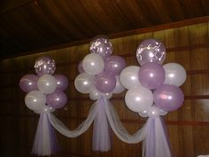balloons and tulle decor