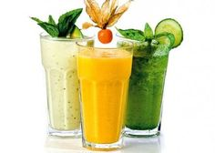 Koktajle oczyszczające - przepis - Tips For Women Juice Smoothie, Smoothie Drinks, Smoothie Recipes, Sushi Bar Design, Healthy Cocktails, Easy Smoothies, Weight Loss Drinks, Clean Eating, Food And Drink