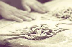 Osteria Friozzu - Mani che lavorano da 30 anni