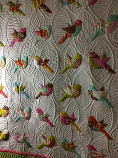 New patchwork quilting designs Ideas Crazy Quilting, Colchas Quilting, Quilt Stitching, Free Motion Quilting, Applique Quilts, Quilting Ideas, Quilting Patterns, Machine Embroidery Quilts, Bird Applique