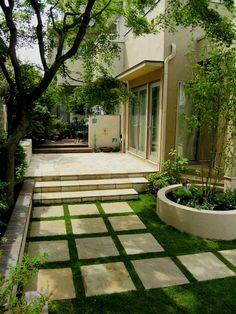 庭デザイン デッキからテラスそして芝生へ