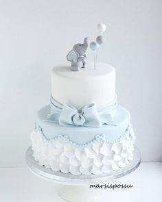 25 Baby Shower Cupcakes That Are Too Cute To Eat – Baby Shower İdeas 2020 Elephant Baby Shower Cake, Elephant Cakes, Baby Shower Cakes For Boys, Baby Boy Cakes, Baby Boy Shower, Babyshower Cake Boy, Torta Baby Shower, Baby Shower Cupcakes, Gateau Baby Shower Garcon