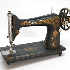 VTG Antique red eye 1910 SINGER Sewing Machine 66 treadle industrial cast iron
