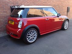 Mini Cooper Sport, John Cooper Works, Mini Coopers, Cool Cars, Classic Cars, Motorcycles, Google Search, Hot, Modern