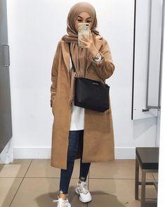 Muslim Women Fashion, Modern Hijab Fashion, Modesty Fashion, Street Hijab Fashion, Hijab Fashion Inspiration, Korean Fashion, Hijab Outfit, Vogue Fashion, Casual Outfits