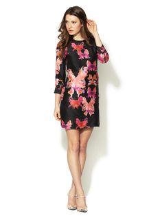 I love this 3/4 sleeve shift dress & the fabric print is luscious.  by Chloe in raw silk