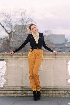 Vanessa Jackman  http://vanessajackman.blogspot.com/2012/03/london-fashion-week-aw-2012rosalind.html  Via Miss Moss! <3