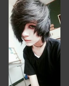 Fantastic Totally Free Scene Hair guys Suggestions Locating field hairstyles that appear great yet not saying can be challenging, to a certain extent Ombre Pastel Hair, Bob Pastel, Grunge Pastel, Cute Emo Guys, Hot Emo Boys, Emo Girls, Emo Boy Hair, Emo Scene Hair, Emo Hairstyles For Guys