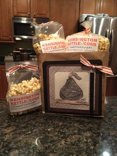 Seal your kettle corn with a kiss!