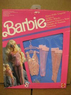 Barbie 1990, Vintage Barbie Dolls, Mattel Barbie, Barbie And Ken, Barbie Bath, Baby Float, Barbie Playsets, Disney Dolls, Barbie Accessories