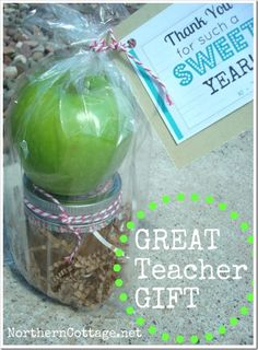Caramel Apple + Dip (topped with toffee bits) makes a GREAT end of year TEACHER GIFT @ NORTHERN COTTAGE