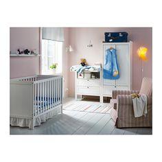 sundvik toilettes tables et tables langer. Black Bedroom Furniture Sets. Home Design Ideas