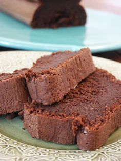 Fabulous chocolate cake (without any butter! Thermomix Desserts, No Cook Desserts, Delicious Desserts, Yummy Food, Easy Cookie Recipes, Sweet Recipes, Cake Recipes, Dessert Recipes, Best Chocolate Cake
