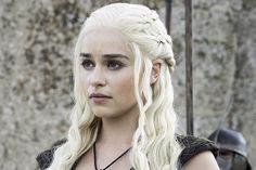 Emilia Clarke / Daenerys Targaryen - Game of Thrones Game Of Thrones, Emilia Clarke Daenerys Targaryen, Dany Targaryen, Pixie, Crochet Bikini Pattern, Mother Of Dragons, Khaleesi, How To Draw Hair, Hair Designs