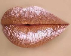 Lime Crime Cosmetics has released their new rose gold Diamond Crushers lipstick — and it's rose gold perfection. Rose Gold Lipstick, Glitter Lipstick, Rose Gold Glitter, Pink Lips, Matte Lipstick, Maroon Lipstick, Glitter Toms, Rose Gold Makeup, Glitter Eyeliner