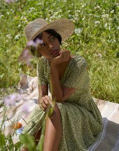Rúbeo Hagrid, Fairy Photoshoot, Image Fashion, Pretty Black Girls, Black Girl Aesthetic, Black Women Fashion, Photoshoot Inspiration, Poses, Meringue