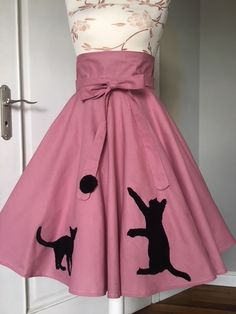 SHE IS ME - Skirt with a kittys