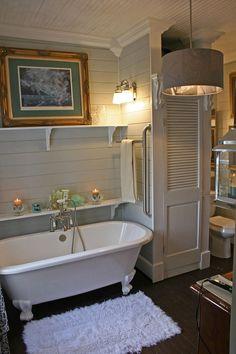 people try to find the best small bathroom ideas for their tiny bathroom solutio. - people try to find the best small bathroom ideas for their tiny bathroom solution! Clawfoot Tub Bathroom, Bathroom Renos, Bathroom Interior, Bathroom Ideas, Bathroom Remodeling, Bathtub Ideas, Budget Bathroom, Bath Tub, Bathroom Vanities