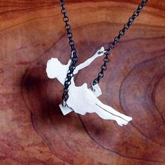 Sterling Silver Swinging Pin Up Girl Diy Jewelry, Jewelry Accessories, Handmade Jewelry, Jewlery, Cute Necklace, Arrow Necklace, Small Necklace, Pendant Necklace, Bijoux Diy