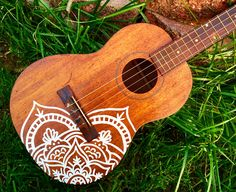 Kala Ukulele - Basic And Effective Tips On Learning Guitar Kala Ukulele, Ukulele Art, Ukulele Songs, Ukulele Chords, Guitar Art, Acoustic Guitar, Guitar Painting, Diy Painting, Ukelele Painted