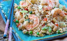 In this recipe for Shrimp Brown Fried Rice, brown rice and added vegetables boost fiber and complex carbohydrates while reduced-sodium soy s. Shrimp Recipes, Rice Recipes, Cooking Recipes, Healthy Recipes, Healthy Food, Healthy Options, Cooking Tips, Shrimp Fried Rice, Cooked Shrimp