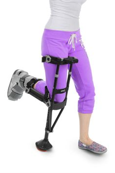 Looking to buy crutches online? iWALKFree designed the hands-free crutch to improve your mobility and live a functional, independent lifestyle. Ankle Surgery, Leg Injury, Leg Cast, Surgery Recovery, Crutches, Broken Leg, Making Life Easier, Get Your Life, Next Day