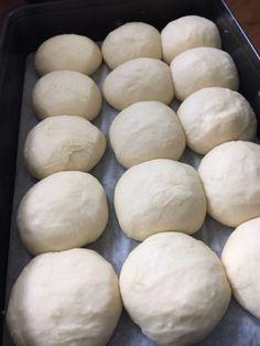 Oreo Trifle, Chocolate Lasagne, Thermomix Bread, Bread Dough Recipe, Sandwiches, Good Food, Yummy Food, Food Crush, Eclair