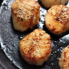 Perfectly Seared Scallops Recipe - Baker by Nature - These are SO luxurious! Perfectly Seared Scallops – the only scallop recipe you'll ever ever ev - Fish Dishes, Seafood Dishes, Fish And Seafood, Main Dishes, Fish Recipes, Seafood Recipes, Cooking Recipes, Cooking Tips, Recipes Dinner
