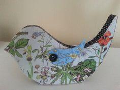 Paper Mache bird (needs legs! Paper Mache Animals, Paper Mache Crafts, Paper Birds, Paperclay, Diy And Crafts, Artwork, Handmade, Paper Collages, Decorations