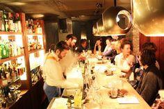 Jigger's, Oudburg 16, Gent. Heerlijke cocktails in kleine supergezellige kelder.  Reserveren 09 335 70 25