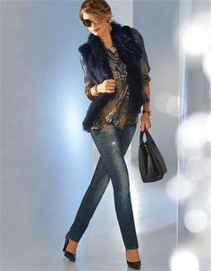 Jeans mit Strass-Steinen