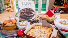 Dorie Greenspan's Custardy Apple Bars from Home and Family Apple Desserts, Apple Recipes, Just Desserts, Delicious Desserts, Dessert Recipes, Yummy Food, Fruit Dessert, Yummy Recipes, Xmas