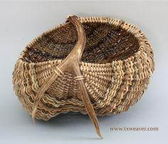 Mule Deer Antler Ribbed basket from Susan Ashley (txweaver.com)