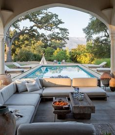 "9bc836381bdc86 Amy Bartlam on Instagram  ""Throwing back to summer last year and this  stunning home I shot for  dlrhein in Ojai✨ tbt"""