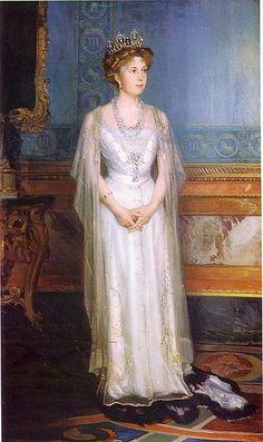 Queen Victoria Eugenie (Ena) of Spain nee Princess of Battenburg by Philip de Laszlo in 1906