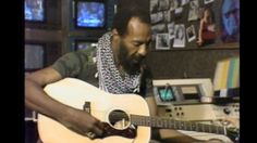 """Richie Havens dropped by our Toronto cult TV series """"The All-Night Show with Chuck the Security Guard"""" back in the summer of To our delight (and despit. Funny Frank, Richie Havens, Night Show, Boogie Woogie, Frank Zappa, Music Icon, Popular Music, Green Day, Best Memes"""