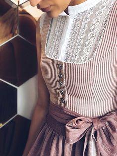 Knit Fashion, Look Fashion, Hijab Fashion, Fashion Outfits, Womens Fashion, Vintage Outfits, Vintage Dresses, Vintage Fashion, Pretty Outfits