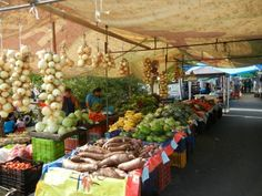 Farmers market at Manuel Antonio/ Quepos, Costa Rica