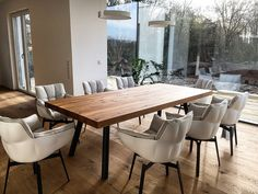 Esstische aus Eichenholz-Altholz von Holwerk-Hamburg Dinning Room Tables, Dining Table In Kitchen, Design Tisch, Bench Designs, Wood Table, Home Decor Inspiration, Living Spaces, New Homes, House Design