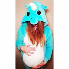 Zaczęło się! Czekamy na drugą Córeczkę! ❤  Trzymajcie kciuki!  .  .  #blog #migalniablog #impregnant #pregnant #birth #pregnancy #ciąża #jestemwciazy #rodzew2017 #unicorn #portrait #portret #selfie #labour #poród #mamablog #fun #love #instamoment #mamawdwupaku #sercepodsercem #instamood #newborn #photooftheday