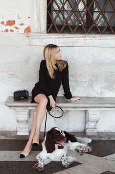 look of the day Parisian Summer, Parisian Style, Business Chic, Business Fashion, Minimal Fashion, Timeless Fashion, Simple Outfits, Trendy Outfits, Daily Fashion