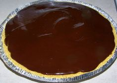 His and Hers Country Cookin: Chocolate Peanut butter pie