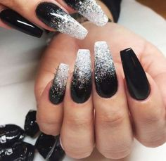 There are three kinds of fake nails which all come from the family of plastics. Acrylic nails are a liquid and powder mix. They are mixed in front of you and then they are brushed onto your nails and shaped. These nails are air dried. Black Nail Designs, Best Nail Art Designs, Trendy Nails, Cute Nails, Fancy Nails, Black Nails With Glitter, Black Ombre Nails, Dark Color Nails, Black Acrylic Nails