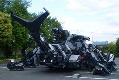 The KABUTOM is a giant robot shaped like a rhinoceros beetle, built by am engineer named Hitoshi Takahashi Rhinoceros, Beetle, Geek Stuff, Japan, Robots, Nature, Guy, Candy, Inspired