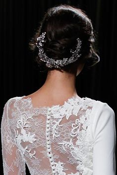 Wedding headpiece by Pronovias, as seen at the Pronovias runway show. Wedding Accessories, Wedding Jewelry, Updo Hairstyle, Hairstyles, Bridal Fashion Week, Headpiece Wedding, How To Feel Beautiful, On Your Wedding Day, Bridal Style